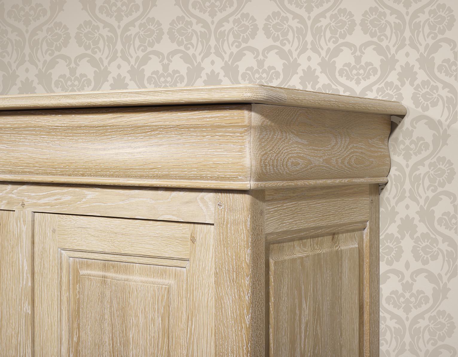 Armario escritorio 3 cajones 2 puertas hecho de madera for Meuble en orme blanchi
