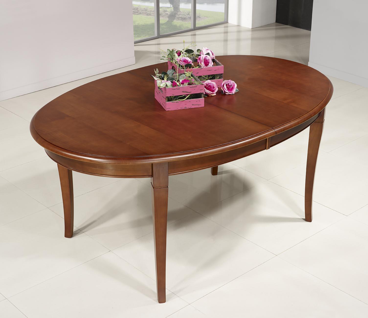 Mesa de comedor ovalada pilar hecha en madera maciza de for Mesa comedor cerezo