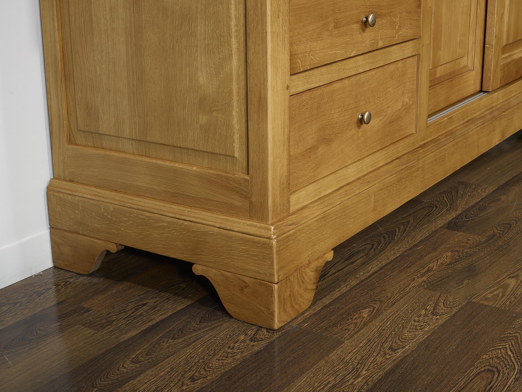 Mueble tv arnaldo en madera maciza de roble estilo louis - Muebles de madera de roble ...