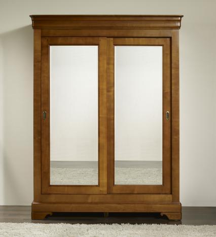 Armario Charlotte de 2 puertas correderas fabricado en madera de cerezo macizo al estilo Louis Philippe