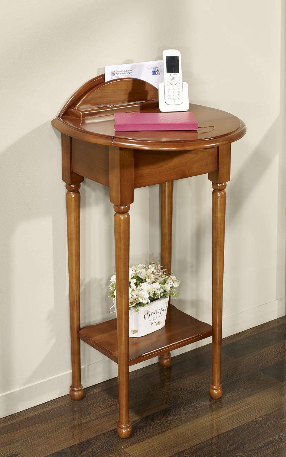 Recibidor Amélie fabricada en madera de cerezo macizo estilo Louis Philippe