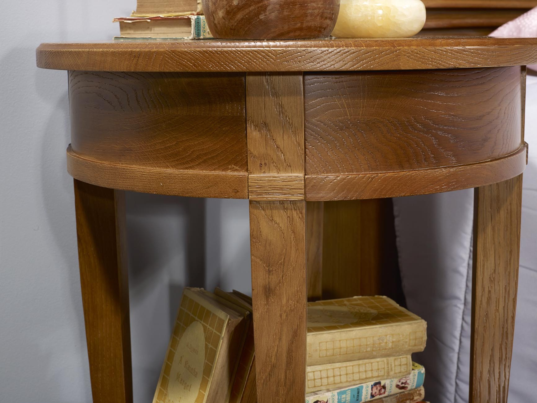Mesa de noche/pedestal Luis estilo Diretoire hecha en madera maciza ...