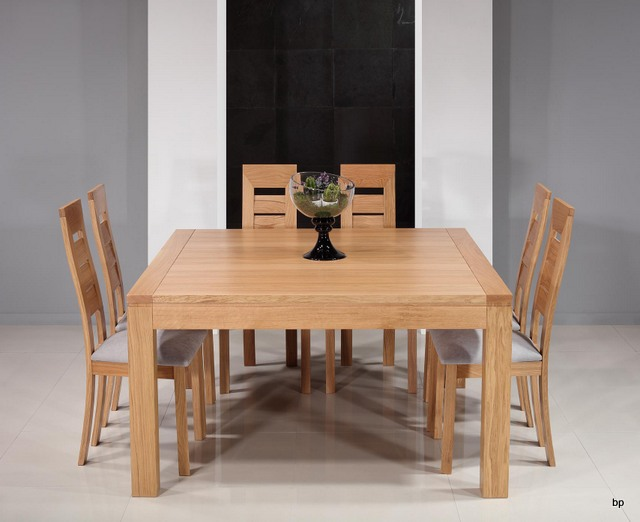 Mesa de comedor cuadrada en madera de roble macizo 140x140 for Mesas de comedor cuadradas