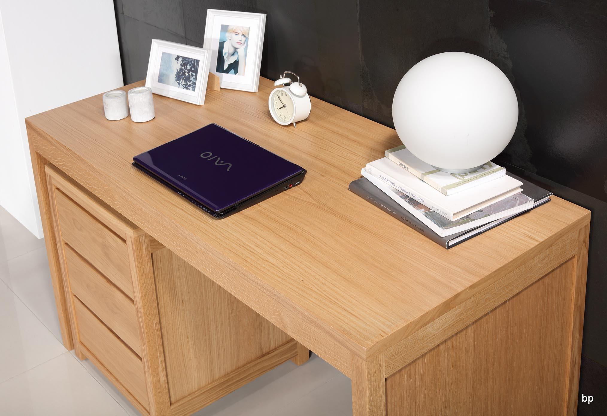 Mesa escritorio estilo Contemporáneo en madera de Roble macizo con ...