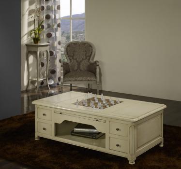 Mesa de centro con juego de ajedrez fabricada en madera de cerezo macizo de estilo Louis Philippe acabado lacado marfil