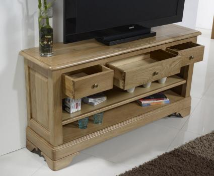 Mueble TV Paul 16/9 fabricado en madera de roble macizo al estilo Louis Philippe
