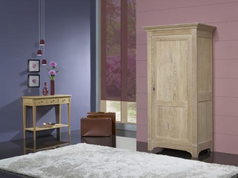 Armario Cédric de 1 puerta fabricado en madera de roble macizo estilo Directorio acabado en roble cepillado blanqueado