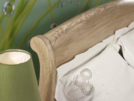 Cama Guillaume fabricada en madera de roble macizo de estilo Louis Philippe 140*190