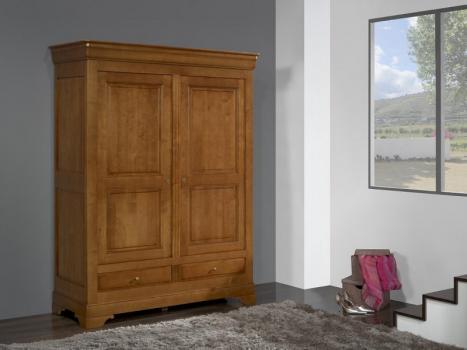 Armario de 2 puertas y 2 cajones fabricado en madera de Cerezo macizo al estilo Louis Philippe