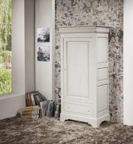 Armario Lucas de 1 puerta y 1 cajón fabricado en madera de roble macizo al estilo de Louis Philippe