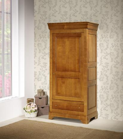 Armario Sophie de 1 puerta y 1 cajón fabricada en madera maciza de cerezo al estilo Louis Philippe