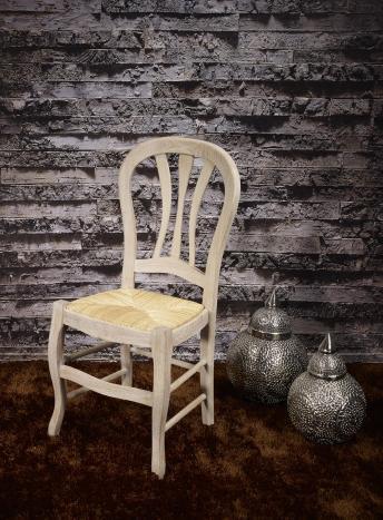 Silla fabricada en madera de roble macizo de estilo Louis Philippe asiento paja de centeno