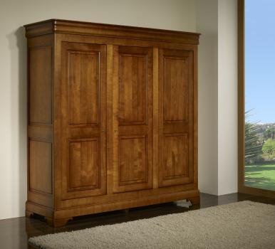 Armario de 3 puertas Anna fabricado en madera de cerezo macizo estilo Louis Philippe