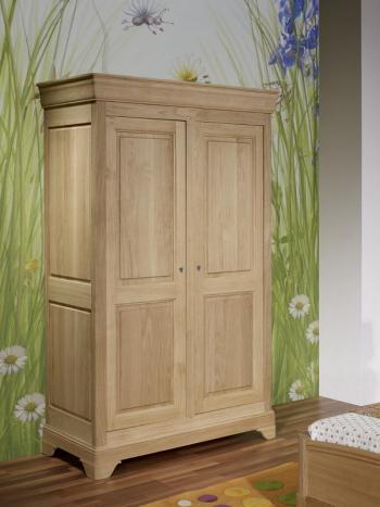 Armario Stéphane de 2 puertas fabricado en madera de roble macizo en estilo Louis Philippe Cepillado Blanqueado