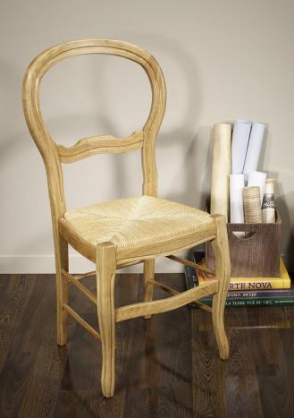 Silla Bruno fabricada en madera maciza de roble en estilo Louis Philippe