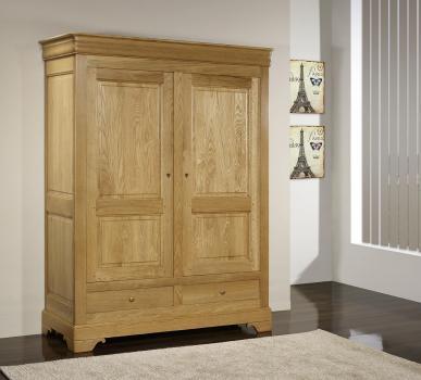 Armario de 2 puertas y 2 cajones fabricado en madera de roble macizo al estilo Louis Philippe