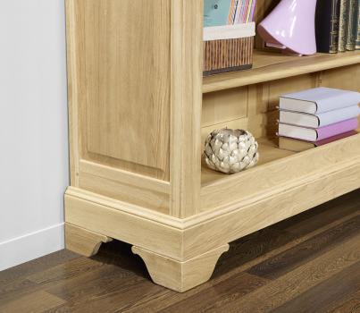 Estantería Librería Simón fabricada en madera de roble macizo al estilo de Louis Philippe