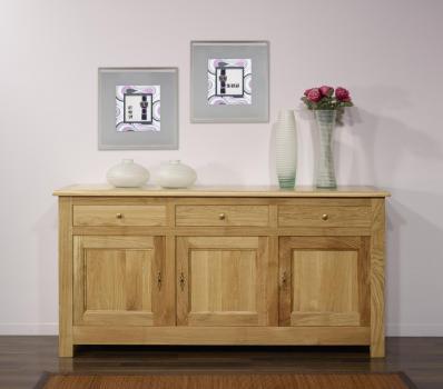 Aparador 3 puertas Yann fabricado en madera de roble macizo estilo Rústico