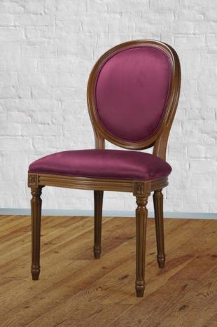 Silla Emilia fabricada en madera de Cerezo macizo estilo Louis XVI