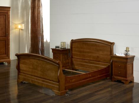 Cama Emma 160x200 fabricada en madera de cerezo macizo en estilo Louis Philippe