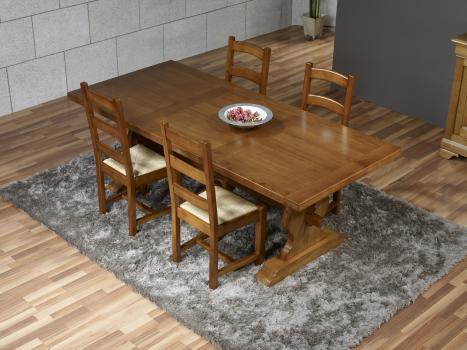 Mesa de comedor rectangular Valdo 220x100 fabricada en madera de Roble macizo estilo Monasterio acabado roble medio