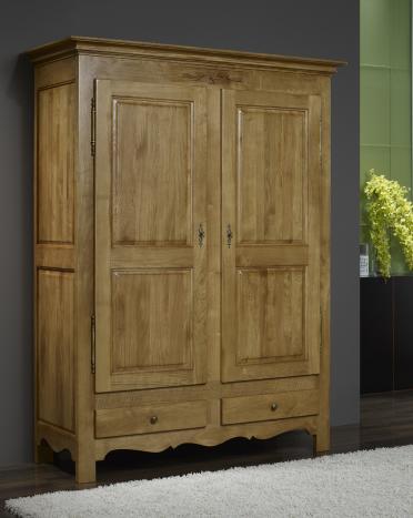 Armario Paul de 2 puertas fabricado en madera de roble macizo en estilo rústico