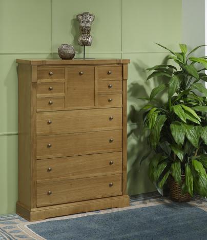 Mueble zapatero fabricado en madera de Roble al estilo Louis Philippe