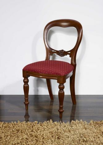 Silla Marion tallada a mano fabricada en madera maciza de Haya al estilo Louis Philippe