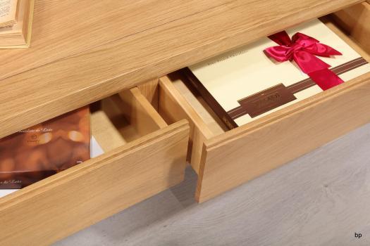 Mesa de centro rectangular Gabriel fabricada en madera de roble macizo estilo contemporáneo