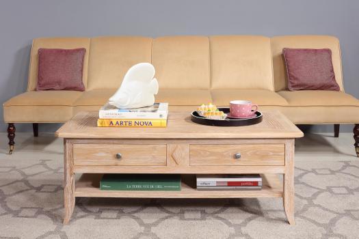 Mesa de centro Clemente fabricada en madera de roble  macizo al estilo Louis Philippe
