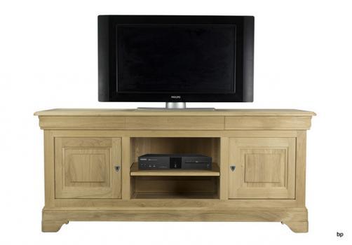 Mueble para TV 16/9 Julian fabricado en madera de Roble macizo al estilo Louis Philippe acabado cepillado
