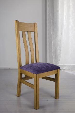 Silla Lay fabricada en madera de roble macizo asiento de tela púrpura acabado dorado antik