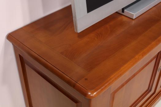 Mueble de TV Laure 16/9 fabricada en madera de cerezo macizo  en estilo Louis Philippe
