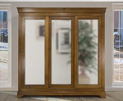 Armario Cristina de 3 puertas fabricado en madera de cerezo macizo al estilo Louis Philippe Puertas correderas con espejo