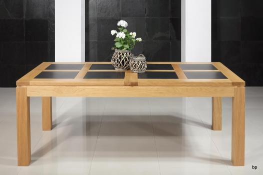 Mesa de comedor rectangular Matias fabricada en madera de Roble estilo contemporáneo