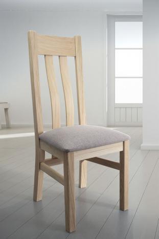 Silla Leonor fabricada en madera de Roble macizo acabado cepillado natural asiento tejido