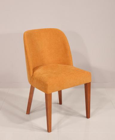 Silla Eduardo fabricada en madera de cerezo macizo, asiento y respaldo tapizados de estilo Contemporáneo