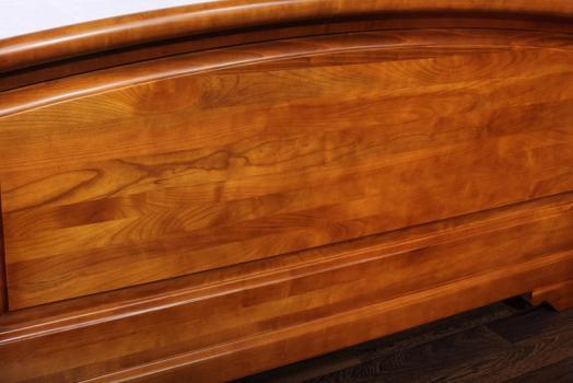 Cama Luisa fabricada en madera de Cerezo macizo al estilo Louis Philippe para medida 140x190