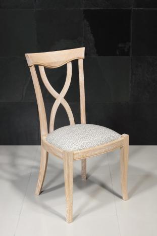 Silla Sébastien fabricada en madera de roble macizo al estilo de Louis Philippe