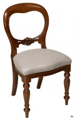 Silla de madera fabricada en madera maciza de haya Tallada a mano asiento en tejido de alta calidad